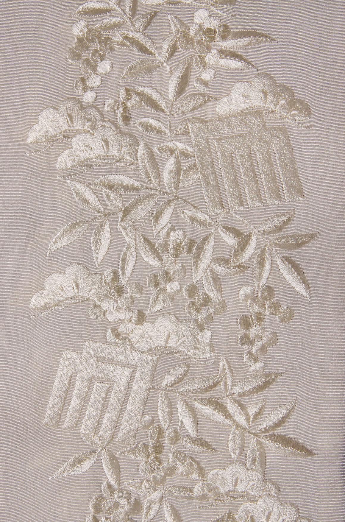 オフホワイト南天と源氏香刺繡半衿