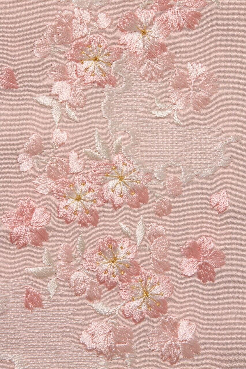 虹色地桜と雪輪半衿